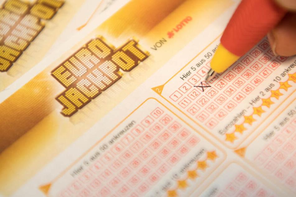 Eurojackpot: Württemberger setzt zehn Euro und gewinnt mehrere Millionen!