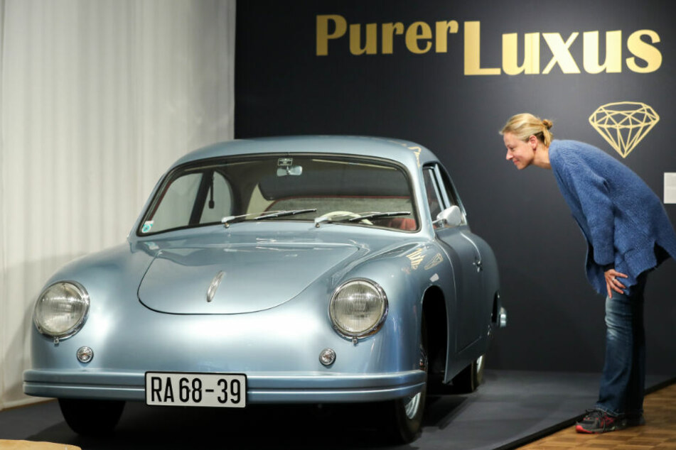 Mit diesem selbst gebauten Sportwagen haben sich Dresdner Machinenbau-Studenten in den 50ern einen Traum erfüllt.