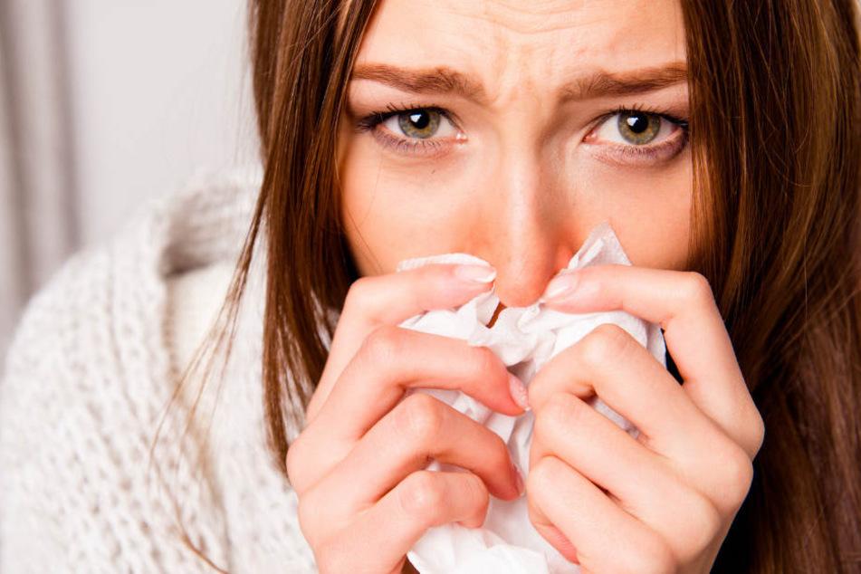 Eine Erkältung kann einen schon mal länger als eine Woche flachlegen. (Symbolbild)