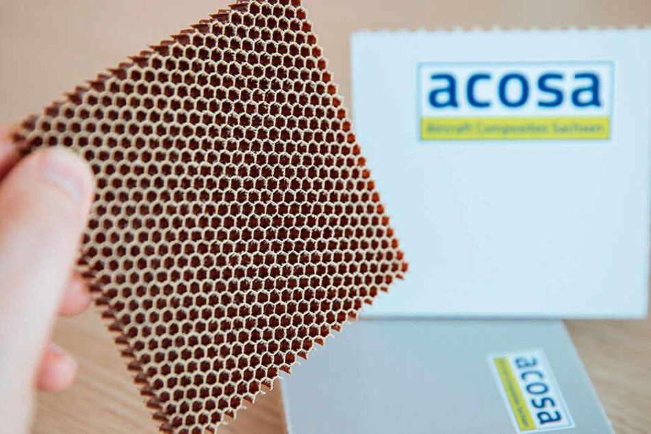 Aus solchen Hightech-Waben werden Bodenplatten für Airbus-Jets hergestellt.