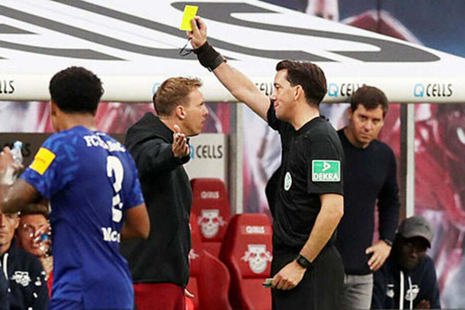 Zu allem Überfluss kassierte Leipzigs Coach Julian Nagelsmann vor dem Spielende noch die neu eingeführte Gelbe Karte für Trainer. Viel mehr dürfte ihn aber die Pleite ärgern.