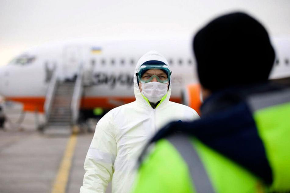 Atemschutzmasken werden zur Mangelware, gleichzeitig tobt eine ganz reale Grippewelle mit derzeit schon 25 Toten in Sachsen!