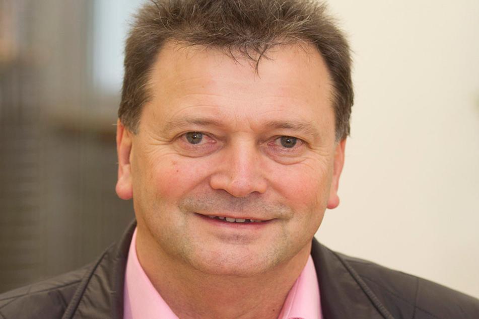 Die Überraschung für seine Tochter ist Unternehmer Bernd Erdmann gelungen.