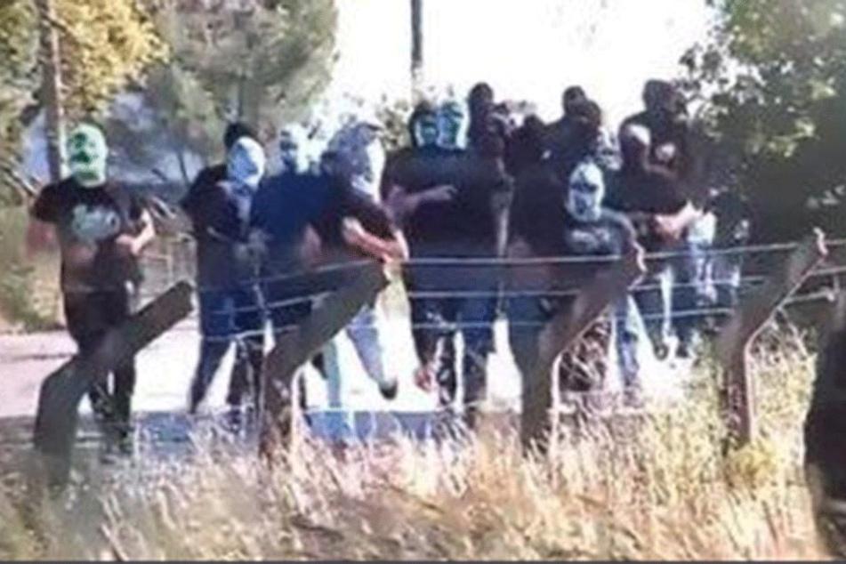 Etwa 50 Maskierte hatten das Trainingsgelände von Sporting Lissabon gestürmt.