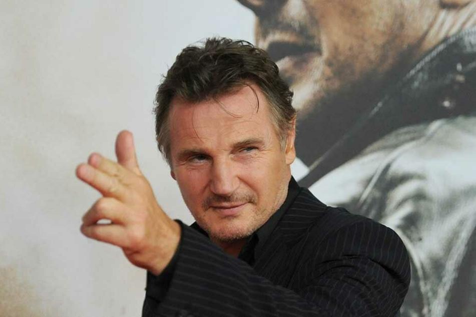 Schauspieler Liam Neeson (66) sieht sich aktuell heftigen Rassismus-Vorwürfen ausgesetzt.