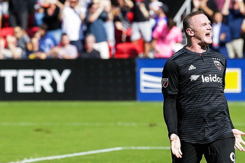 Suff-Skandal abgehakt! Rooney rasiert Gegner mit Dreierpack