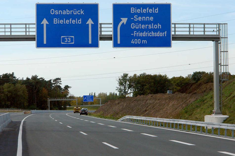 Auf der A2 und der A33 kam es nach Unfällen zu Behinderungen.