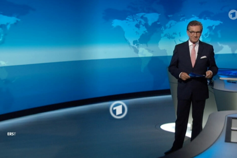 Der Screenshot der ARD zeigt den Sprecher Jan Hofer während der Abmoderation der Tagesschau.