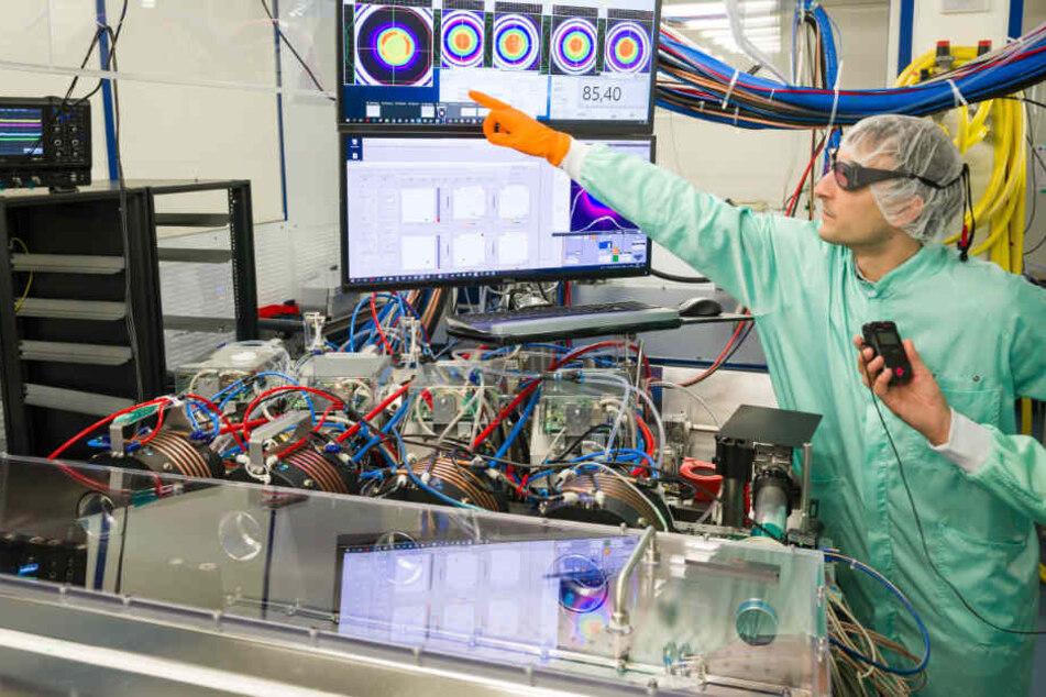 Laserstrahlen gegen Blitzeinschläge: Hightec-Ableiter aus Bayern