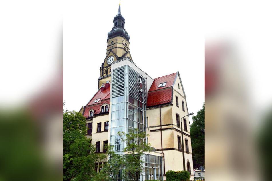 Für 4,5 Millionen Euro wurde das Pfarrhaus neben der Philippuskirche zu einem behindertengerechten Hotel umgebaut.