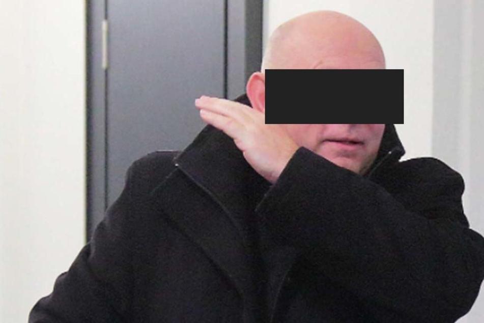 Horst-Reiner R. (64) kam zwar zum Prozess, nahm aber dann gar nicht daran teil.