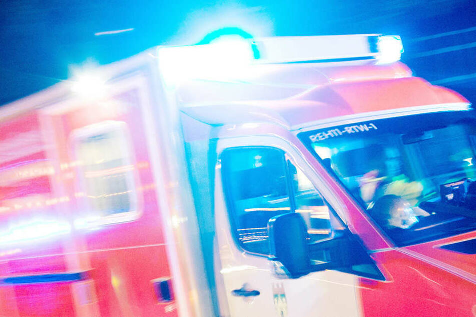 Bei dem Unfall starben zwei Personen, 22 wurden verletzt. (Symbolbild)