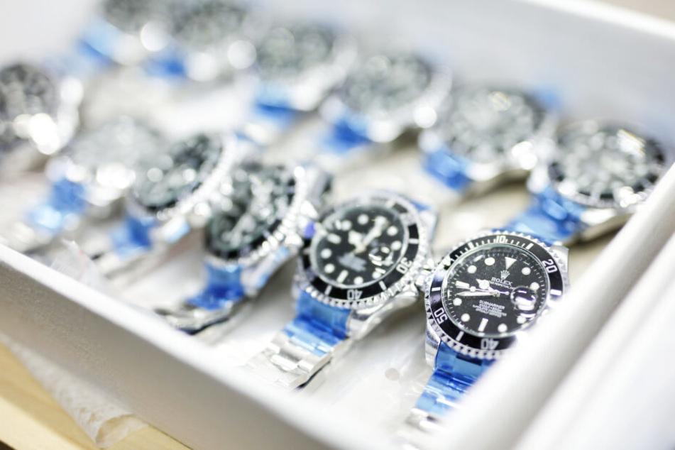 Die gefälschten Uhren geben vor, von Rolex gefertigt zu sein.