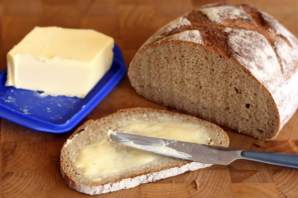 Bei Brot und Brötchen gab es im Juli erneut einen Preisanstieg. Auch Butter ist teurer geworden.