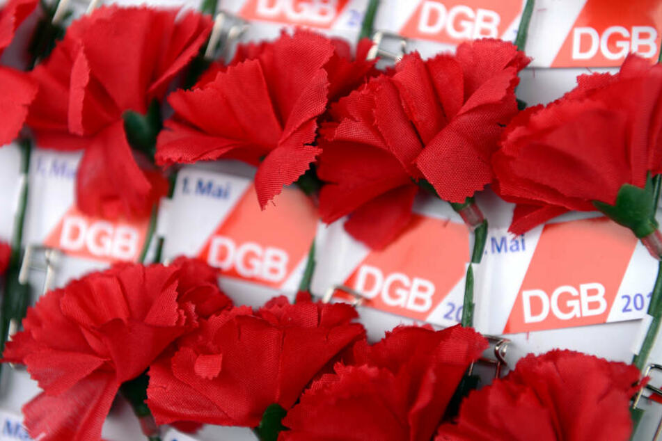 Der DGB und andere Gewerkschaften protestieren gegen den Aufmarsch.