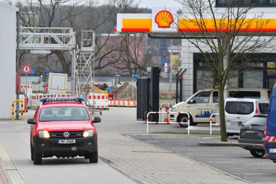 Die Bombe wurde auf dem Gelände der Shell-Tankstelle gefunden.