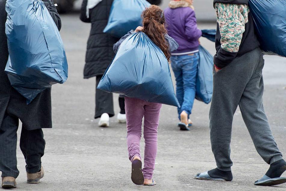 Auch auf den Inseln werden fast täglich Migranten kurz vor dem Abflug nach Mitteleuropa gestoppt.