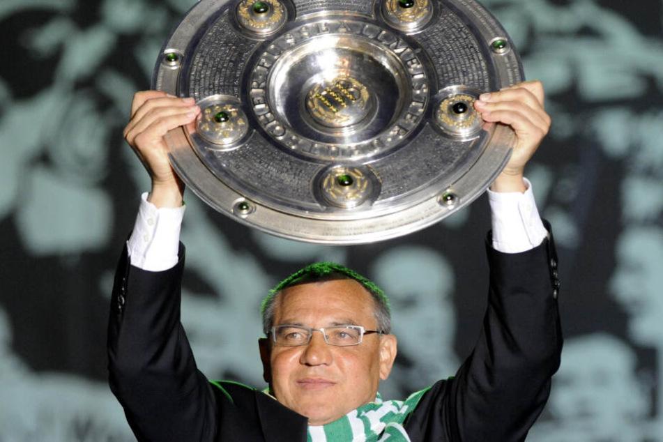Meister! Damit hatten vor der Spielzeit 2008/09 nur die wenigsten gerechnet - doch Magath führte den VfL Wolfsburg zur ersten deutschen Meisterschaft.