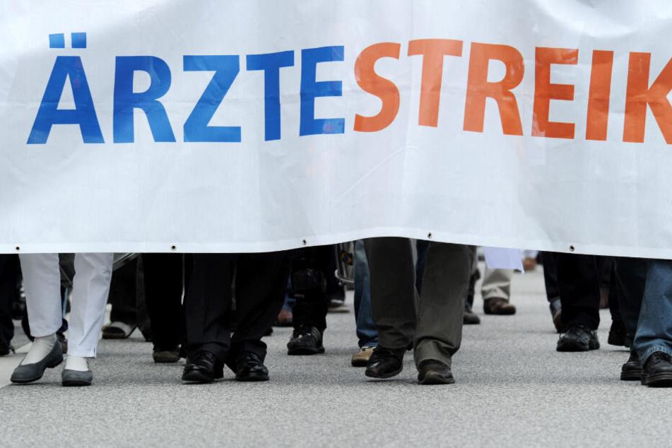 Die Klinikärzte in Hamburg wollen am Mittwoch streiken.