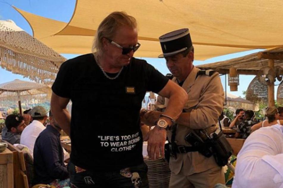 Robert Geiss (55) wird am Strand von Saint-Tropez festgenommen.