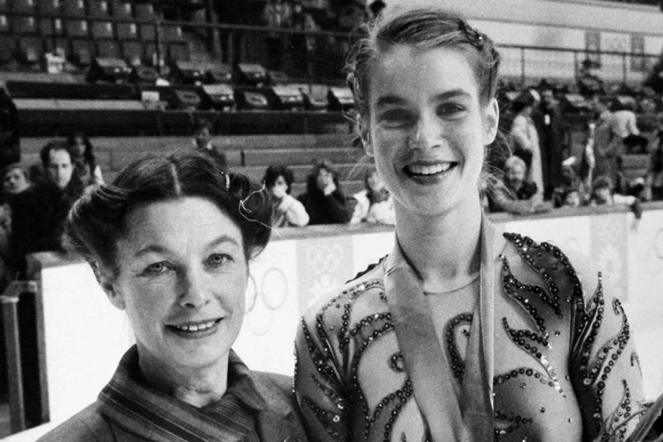 Jutta Müller und Katarina Witt 1984 bei den Olympischen Spielen in Sarajevo.