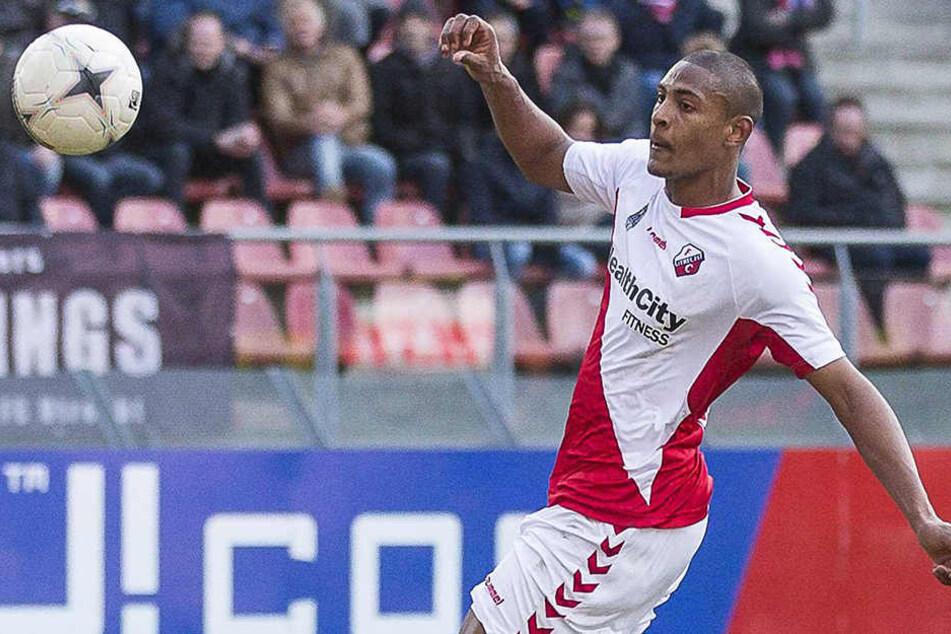 Sébastien Haller, hier noch im Trikot des FC Utrecht, soll künftig für die Eintracht Tore schießen.