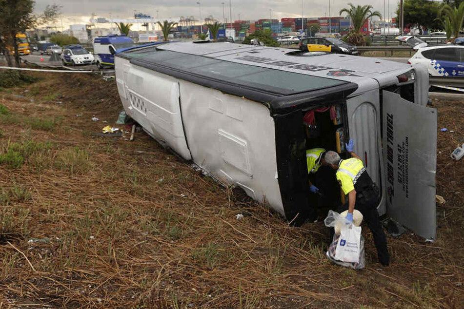 Zahlreiche Rettungskräfte waren an der Bergung der mehr als 20 Verletzten beteiligt.
