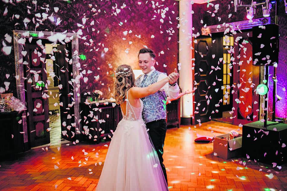 Das Ehepaar Mesa zählt zu den besten Hochzeitsfotografen im Land.