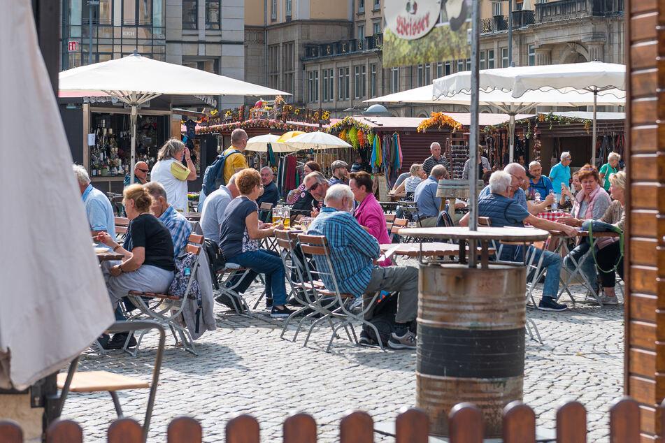 Dresden: Herbstmarkt vom Rathaus abgesagt, doch Händler öffnen trotzdem