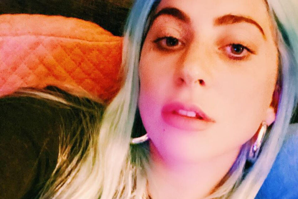 With the help of friends and therapists, the Lady Gaga has succeeded in fighting her mental illness.