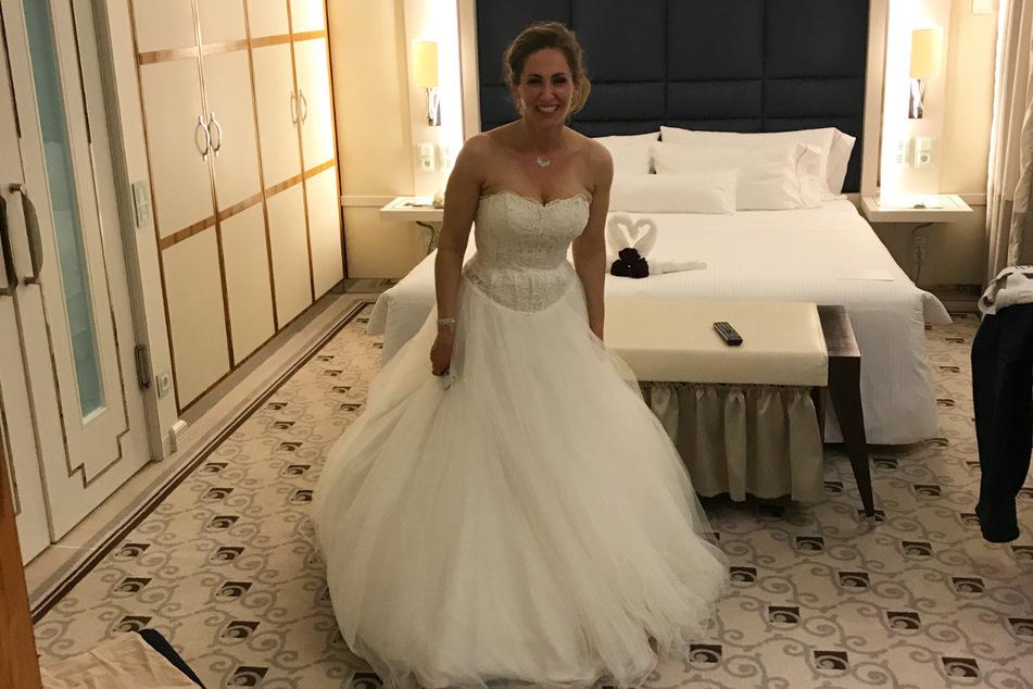 Das letzte Foto von der Hochzeitsnacht 2017 - dann knipste die frisch gebackene Katja Kindermann das Licht in der Hotelsuite aus.