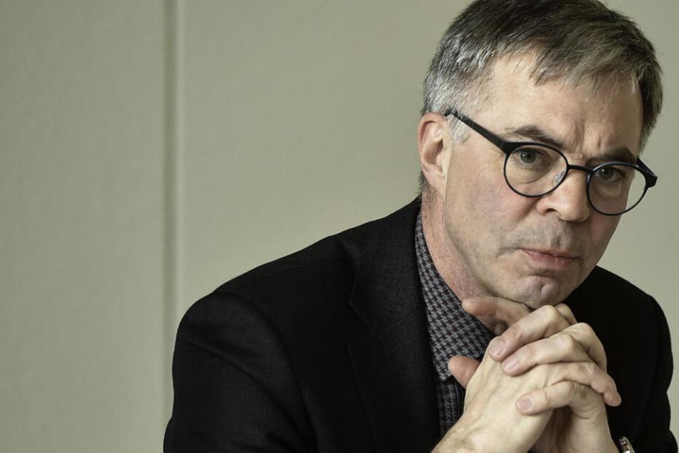 Walter Bürkel (59), Vizepräsident der Landesdirektion, begründet die Flucht mit baulichen Schwachstellen.