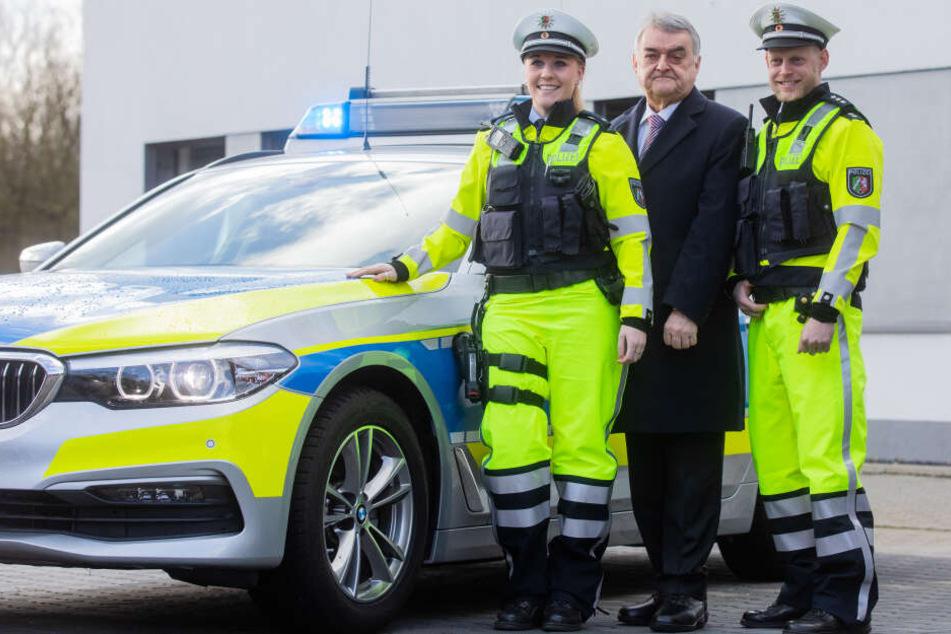 Grellgelbe Outfits für die Polizei in NRW