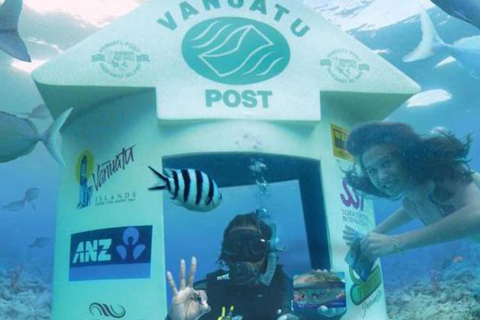 Nicht nur die Addresaten freuen sich über eine Postkarte von unter Wasser.