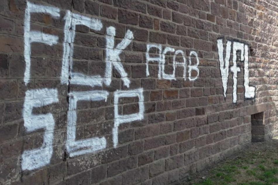 Hass-Graffitis: Wer hetzt hier gegen den SC Paderborn?