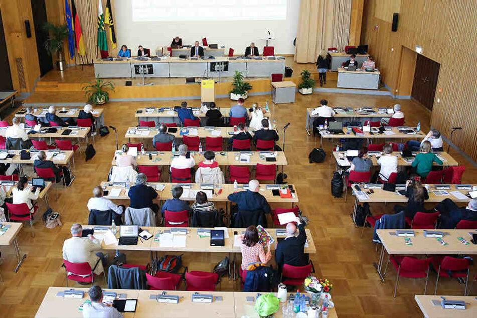 Dresdner Stadträte müssen für 10.000 Euro nachsitzen