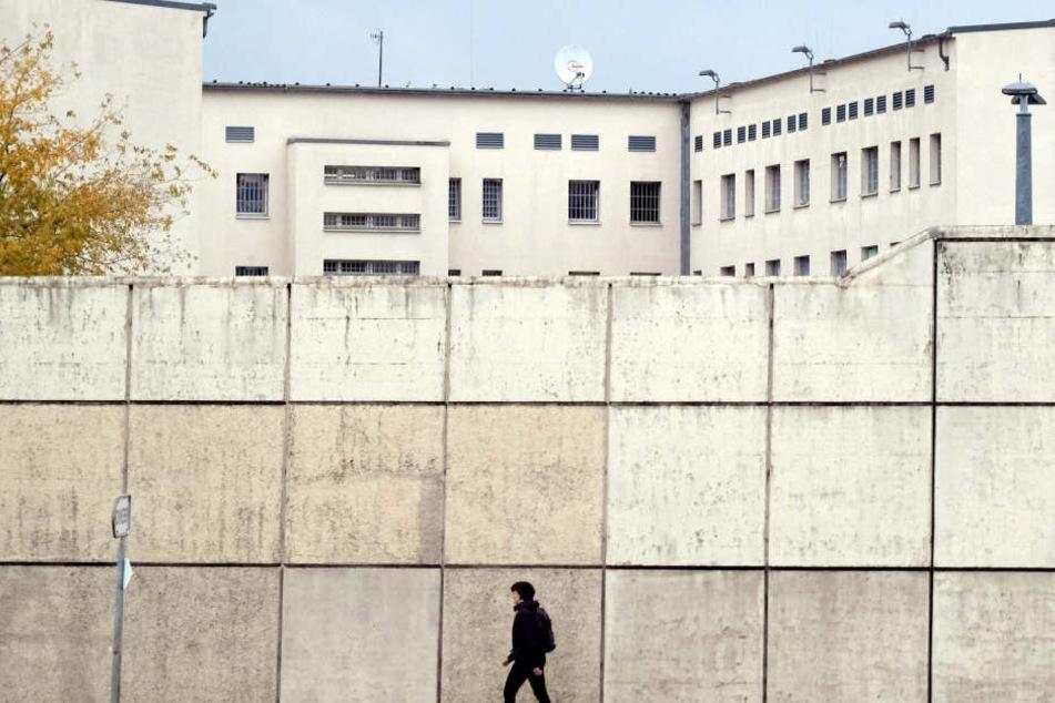 JVA in Leipzig: Interessenvertreter von Bediensteten und Gefangenen  kritisieren die Zustände in Sachsens Gefängnissen.