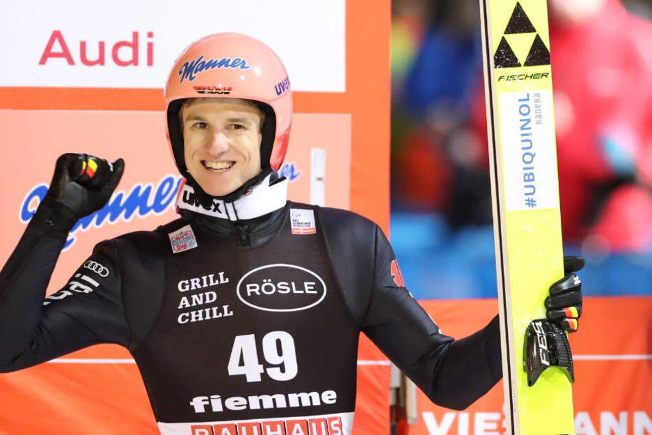 Karl Geiger gewann die vergangenen beiden Springen in Val di Fiemme (Italien) und führt den Gesamtweltcup an.