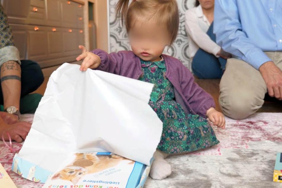 In den bunten Verpackungen versteckten sich letztendlich vor allem Lernbücher und Holzspielzeug.