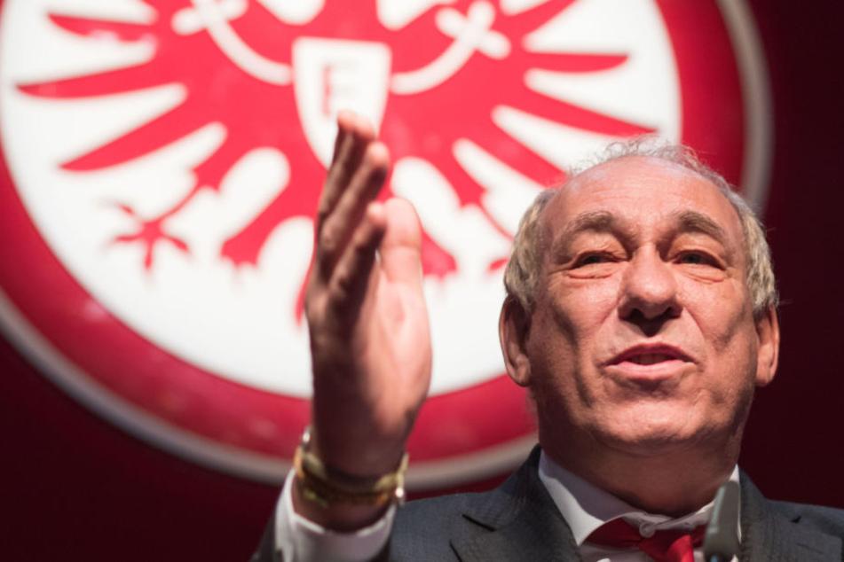 Auf der Jahreshauptversammlung der Eintracht äußerte sich Fischer erneut zu der AfD.