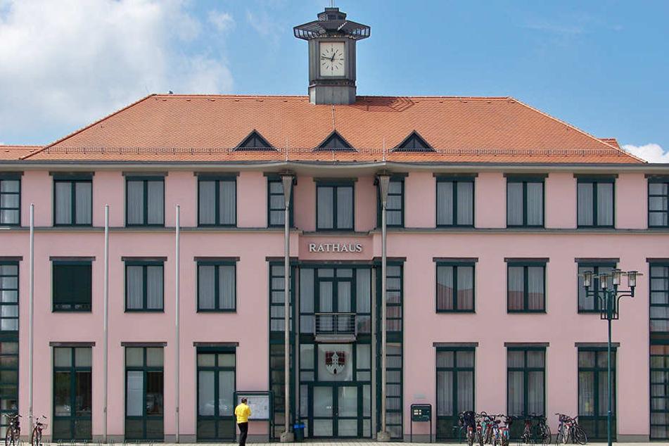 Das Naunhofer Rathaus könnte bald komplett bestreikt werden. Dafür stimmten 95,7 Prozent der Beschäftigten im öffentlichen Dienst.