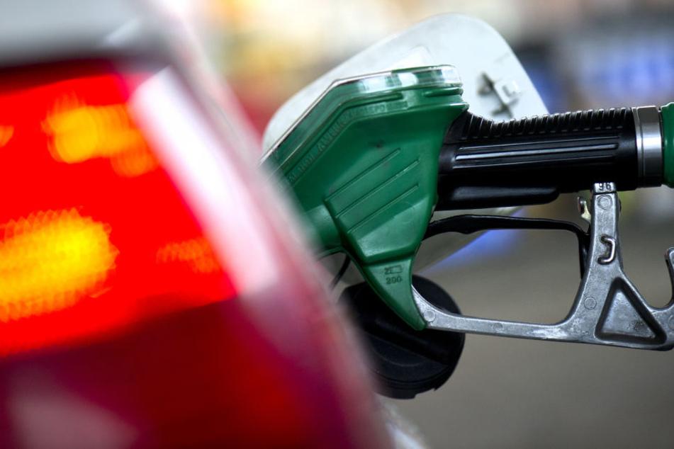 Tankstellen in Bonn überfallen, ein Täter gefasst
