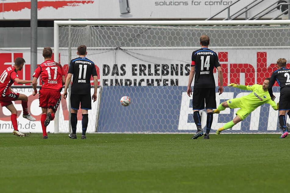 Gleich zweimal trat Röser zum Elfmeter an. Beide Male verwandelte er.
