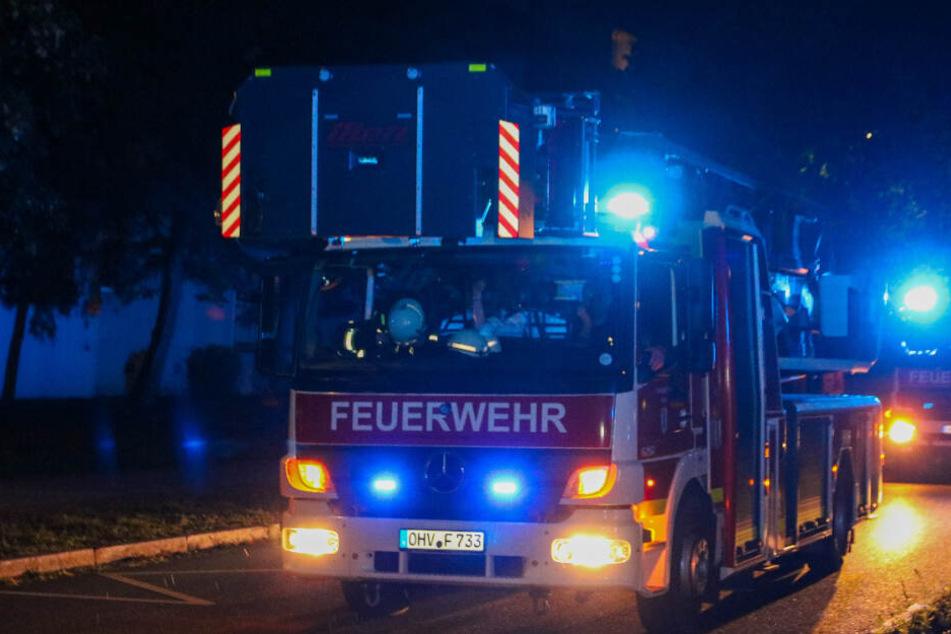 Feuerwehr rückt zu Brand-Haus aus, doch da verkohlt etwas anders