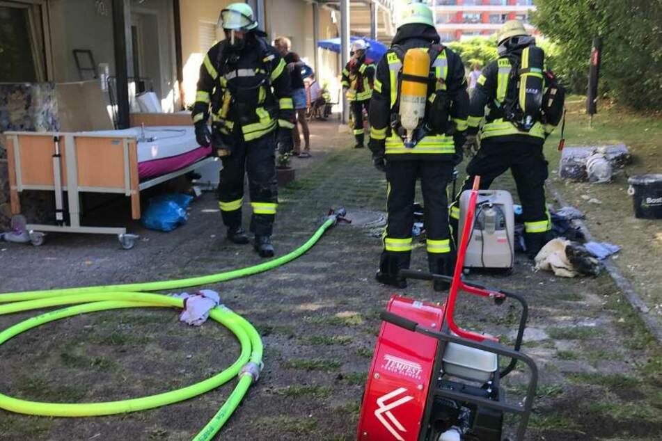 Brand in Bonn: Mutiger Nachbar rettet Frau das Leben