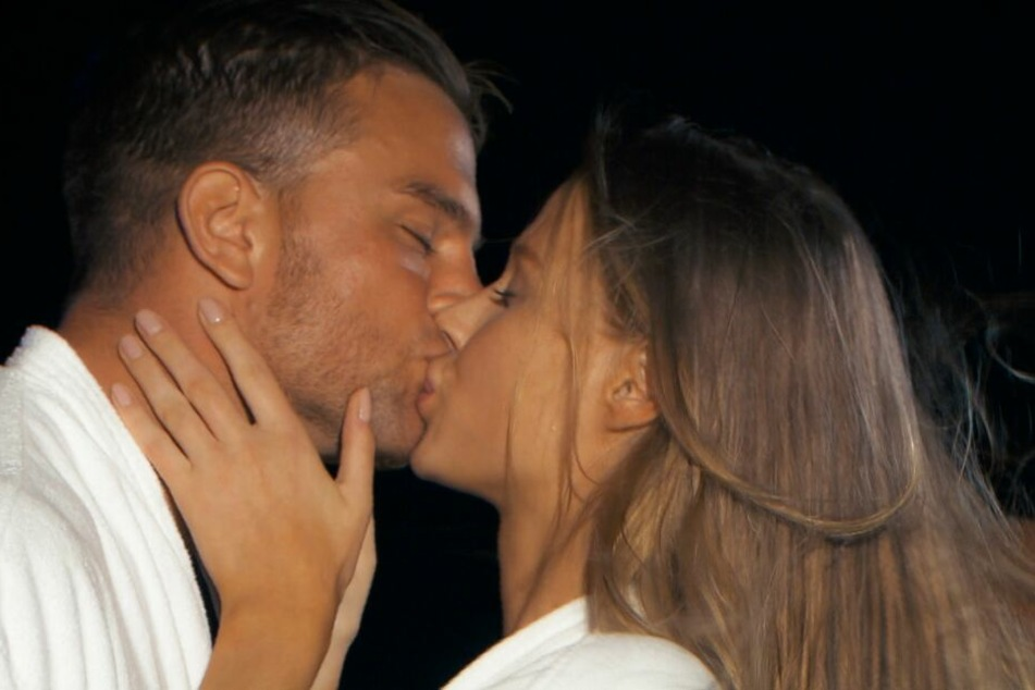 Bachelor lässt nichts anbrennen: Heute küsst er die nächsten Zwei