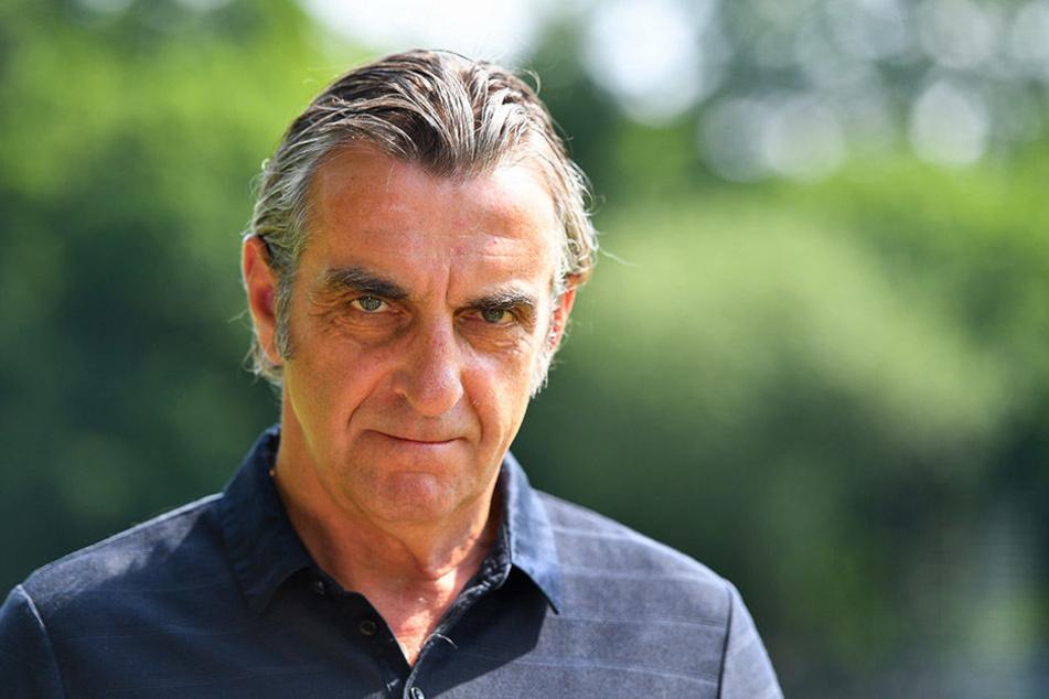 Ralf Minge und Dynamo Dresden wird der Erlös des Testspiels den Opfern des Busunglücks spenden.