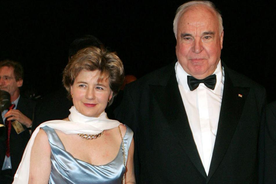 Helmut Kohl und seine damalige Lebensgefährtin Maike Richter (2005).