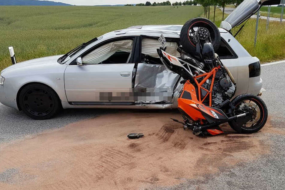Der Motorradfahrer verstarb an seinen Verletzungen.