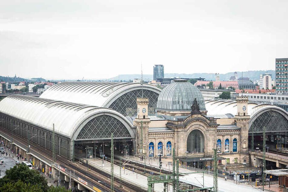Gleich drei gesuchte Kriminelle gingen der Polizei am Dresdner Hauptbahnhof ins Netz.